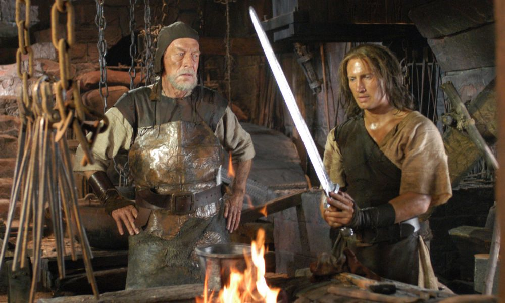 image_manager__canal_gallery_ringofthenibelungs_5_siegfried_shows_eyvind_his_new_sword